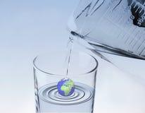 蓝色地球水 免版税库存照片