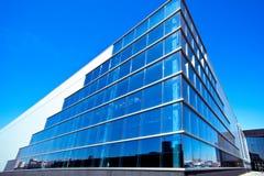 蓝色壁角现代办公室 库存图片