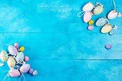 蓝色复活节彩蛋 库存图片