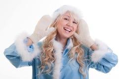 蓝色外套毛皮未婚微笑雪 免版税库存照片