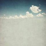 多云天空的减速火箭的图象 免版税库存图片