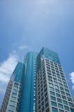 蓝色大厦高层天空 免版税库存照片