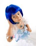 蓝色女孩少许假发 免版税库存图片