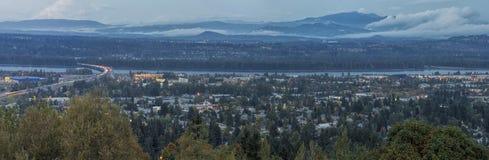 蓝色小时俄勒冈华盛顿州全景  库存图片