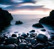 蓝色小时海滩 图库摄影