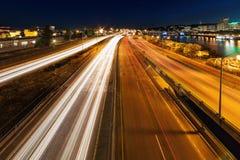 蓝色小时高速公路光足迹 免版税库存图片