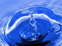 蓝色小滴 库存图片