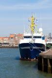 蓝色小船商业捕鱼业 免版税库存图片