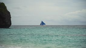 蓝色小船航行海运 博拉凯海岛菲律宾 免版税库存图片