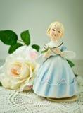 蓝色小雕象瓷 库存照片
