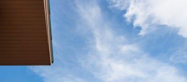 蓝色屋顶天空 库存照片