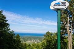 蓝色山和Collingwood 免版税库存照片