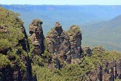 蓝色山的三个姐妹在澳大利亚 免版税图库摄影