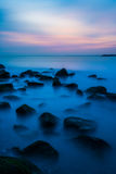 蓝色岩石 库存图片