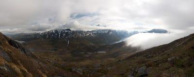 蓝色峡湾山本质挪威天空 库存图片