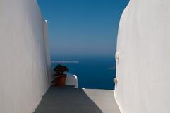 蓝色希腊白色 库存图片