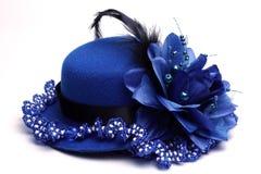 蓝色帽子和项链 免版税库存图片