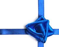 蓝色弓 库存图片