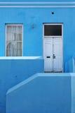 蓝色房子 免版税库存照片