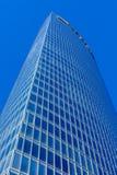 蓝色接近的壁角摩天大楼 免版税库存图片