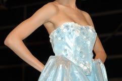 蓝色新娘礼服 库存照片