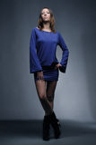 蓝色时装模特儿年轻人 库存图片