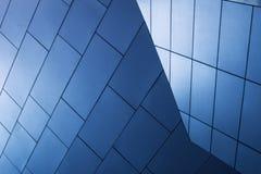 蓝色木墙壁 免版税库存照片