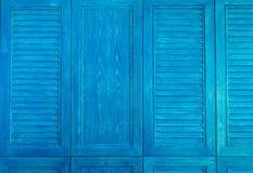 蓝色木葡萄酒窗口纹理  库存图片