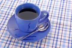蓝色杯子茶 图库摄影