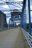 蓝色桥梁-大瀑布城,密执安 库存照片