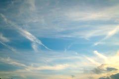 蓝色横向天空 库存照片