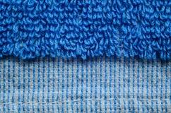 蓝色毛巾纹理特写镜头 库存图片