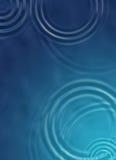 蓝色池塘波纹 免版税库存照片