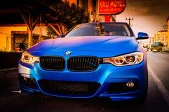 蓝色汽车体育运动 免版税库存图片