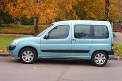 蓝色汽车光 免版税图库摄影