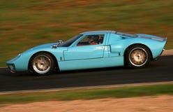 蓝色汽车轻的赛跑的葡萄酒 免版税库存照片