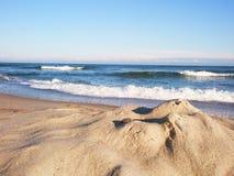 蓝色沙子海运天空 图库摄影