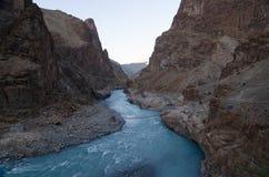 蓝色河 库存图片