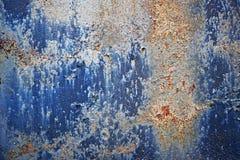 蓝色油漆被腐蚀的金属 免版税图库摄影