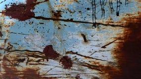 蓝色油漆被腐蚀的金属 库存照片