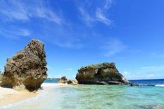 蓝色海和天空在冲绳岛 图库摄影