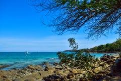 蓝色海岛 免版税库存图片