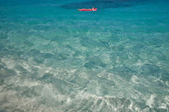 蓝色海岛s热带u处女温暖的水 免版税库存图片