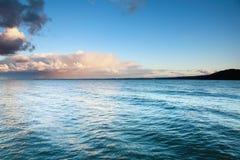蓝色海运天空风暴暴风雨 库存图片