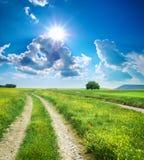 蓝色深运输路线路天空 免版税图库摄影