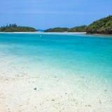 蓝色清楚的日本水 免版税库存照片