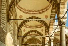 蓝色清真寺伊斯坦布尔拱廊  免版税图库摄影