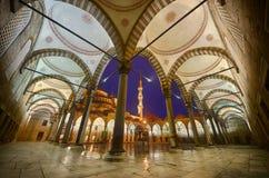 蓝色清真寺内在围场 免版税库存图片