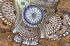 蓝色清真寺内部-伊斯坦布尔,土耳其 免版税库存图片