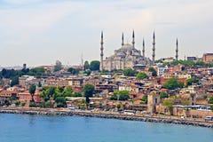 蓝色清真寺和伊斯坦布尔 免版税库存照片